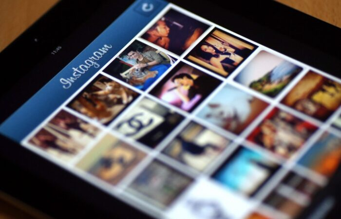 7 Inspiring Instagram Accounts for Teens to Follow